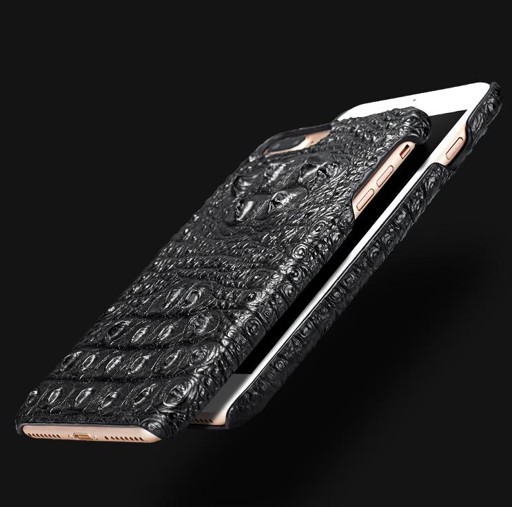 Crocodile and Alligator iPhone 7 Plus Case / iPhone 8 Plus Case-Details