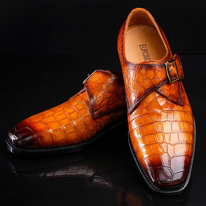 The shoes make of the alligator skin