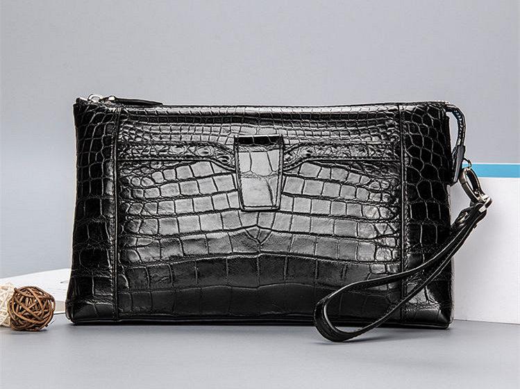 Alligator Wristlet Wallet-Black
