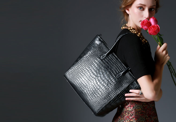 Alligator Shoulder Bag for Women
