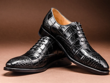 Modern Round Cap toe Alligator Leather Shoes-Black-Display