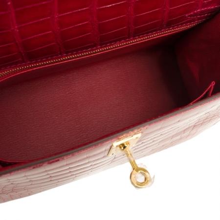 Women's Classic Genuine Alligator Leather Padlock Shoulder Handbag-Red-InsideWomen's Classic Genuine Alligator Leather Padlock Shoulder Handbag-Red-Inside