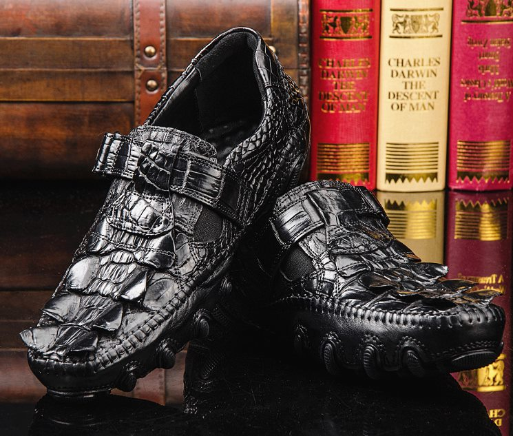 crocodile driving loafers-black