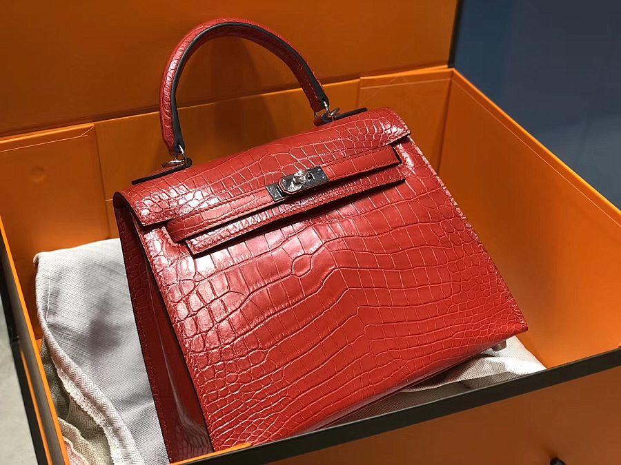 New Arrivals Alligator handbag-Matte Red