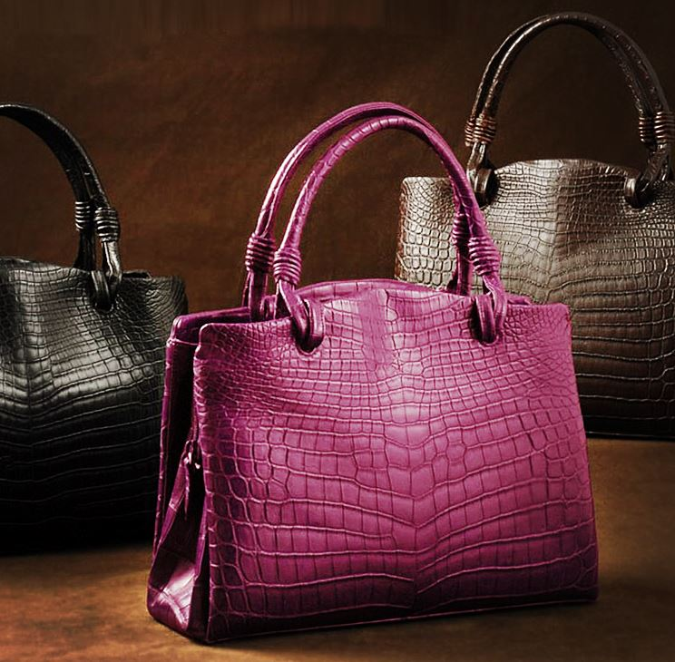 The best alligator handbags deals for Black Friday