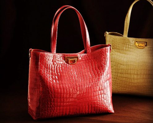 The best crocodile handbags deals for Black Friday