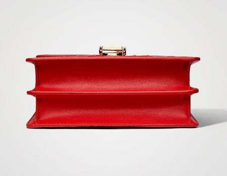 Stylish Crocodile Leather Strap Flap Shoulder Bag Crossbody Bag-Bottom