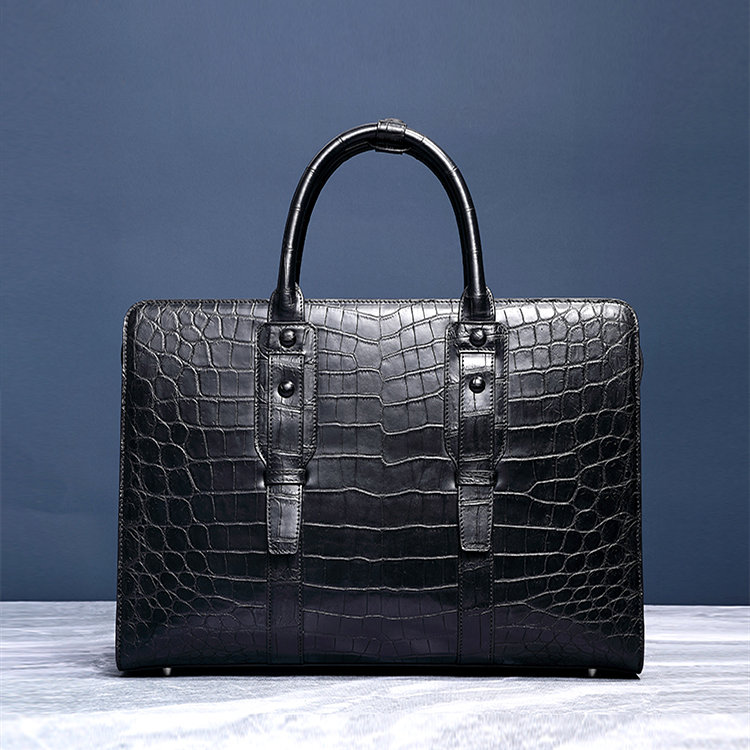 Alligator Briefcases Can Make You Stand Out From The Crowd
