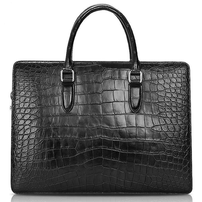 Factors to consider when trying to choose between leather and canvas bags
